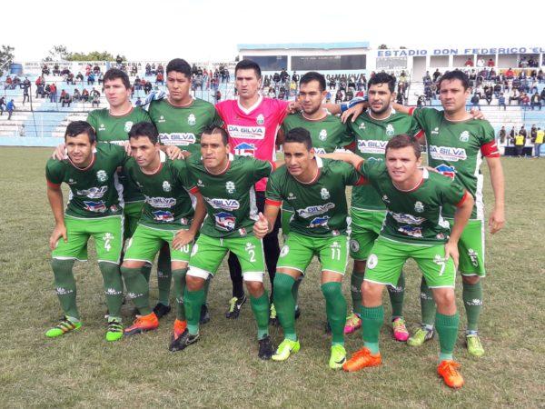 El Deportivo Caaguazú se despidió con goleada Sportivo Iteño